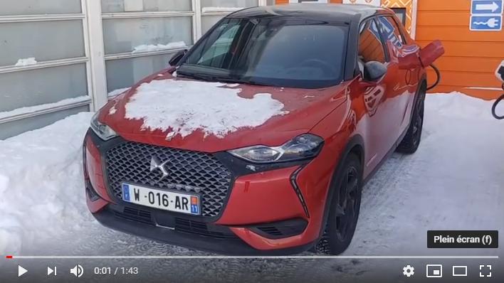 Vidéo : DS 3 CROSSBACK E-TENSE surpris à Rovaniemi
