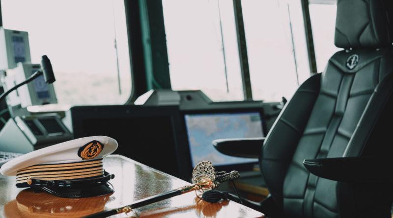 Une création de siège unique par DS Automobiles pour le poste du Commandant du porte-avions Charles de Gaulle